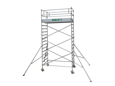 Mobile scaffold 6.21 m. Working height 135 x 245 cm.