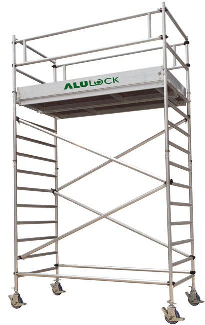Mobile scaffold tower 5,37 m. Working height 75 x 245 cm.