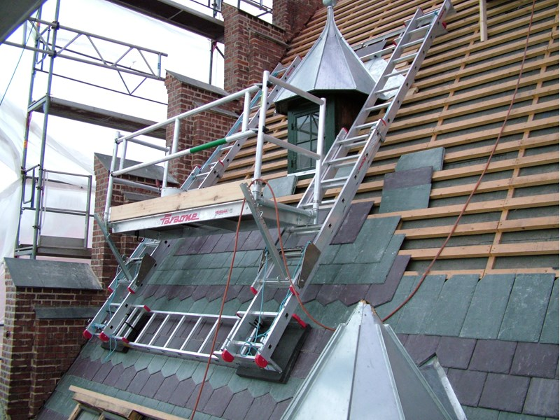Roof Scaffolding Products : Special arrangements in relation to work location